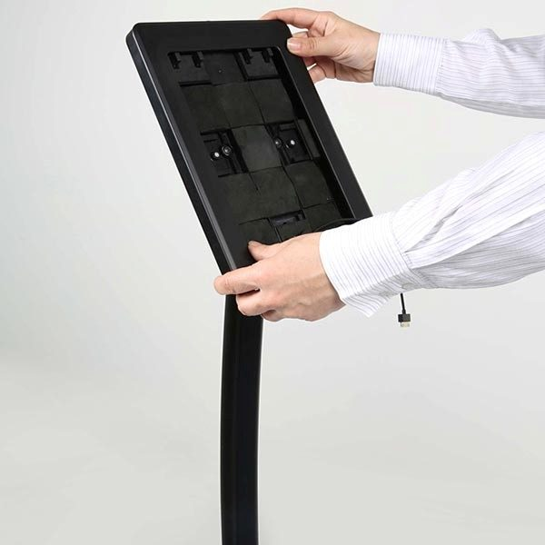 """Gewölbter Tablet Infoständer schwarz für iPad 1 2 3 4 Air Samsung Galaxy und 9.7"""" 10.1"""" Tablets 7"""