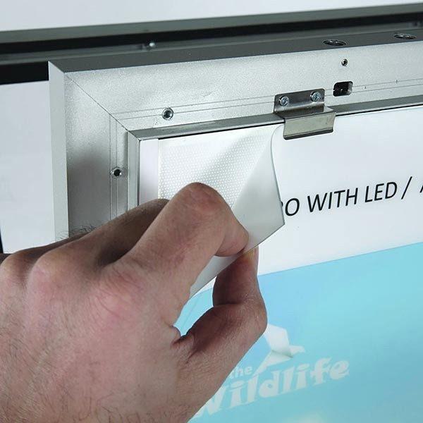 Kundenstopper WindPro LED DIN A1 Postermaß 4