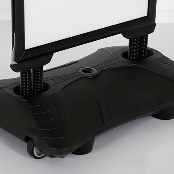 Kundenstopper-WindPro-schwarz-DIN-A1-Postermaß-1